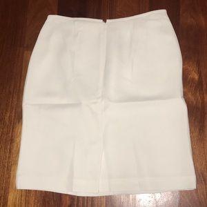 White/ CREME colored skirt size: 12 Casual Corner